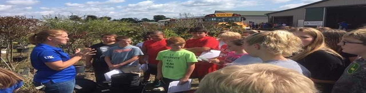 Achiever students learning and exploring all the things that go on at a local farm in Mason County.  Sept 2017